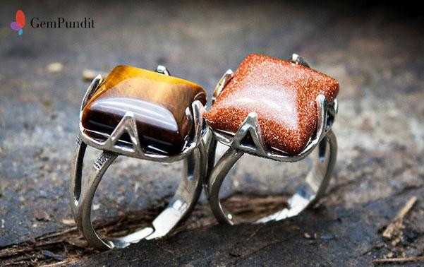 Aventurine Rings displaying exquisite hues