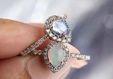 Mesmerizing Gemstone Engagement Rings