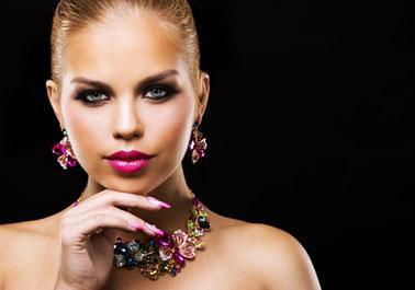 Stunning Colored Gemstones Necklace Set